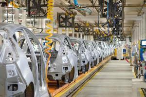 ส.อ.ท.ชี้โควิด-19 ยื้อถึง มิ.ย. ผลิตรถยนต์ปีนี้ดิ่ง 30% ส่อเลิกจ้างงานชั่วคราวสูง