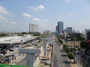 โมโนเรลสายสีเหลืองคืบ 55.67% รถไฟฟ้าขบวนแรกถึงไทยปลายปี 63