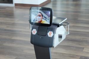 """คณะแพทย์พอใจ! เตรียมใช้งานจริง """"3 หุ่นยนต์"""" นวัตกรรมล่าสุดฝีมือคนไทย"""