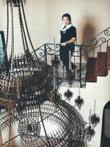 นักออกแบบสาวหัวก้าวหน้า ผู้ชุบธุรกิจเศษเหล็กไร้ค่า ให้เป็นงานศิลป์ระดับโลก!! [มีคลิป]