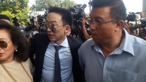 """""""ดีเอสไอ"""" เห็นแย้งคำสั่งไม่อุทธรณ์ """"โอ๊ค"""" คดีฟอกเงินกรุงไทย 10 ล้าน เสนออัยการสูงสุดชี้ขาด"""