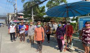 ชาวบ้านดอนหัวฬ่อ ชลบุรี 1,200 ครัวเรือนไม่มีน้ำใช้กว่าสัปดาห์ วอนประปาแก้ไขด่วน