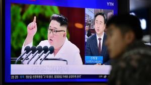 """รมต.เกาหลีใต้ดับเทียน """"ข่าวปลอม CNN"""" เผย """"คิม จองอึน"""" ยังไม่ตายแค่ปลีกตัวหนีโควิด-19"""