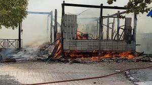 เกิดเหตุเพลิงไหม้โรงเรียนในเมืองชัยนาทขณะปรับปรุงเพื่อรับเปิดเทอม