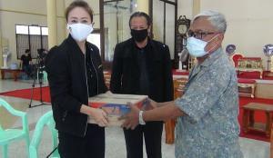 สายโหนก็มา! ส.ส.เสรีรวมไทย โผล่งานศพน้องปลายฝน สับเละนโยบายรัฐดูแลไม่ทั่วถึง