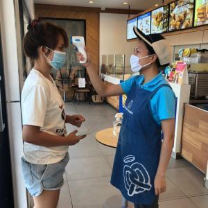 ซีอาร์จีชู 3C สู้โควิด เตรียมเปิดบริการร้านอาหาร