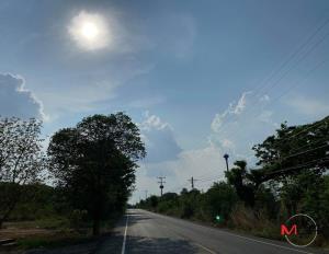 ไทยตอนบนร้อนจัด! อุตุฯ เผยอีสานร้อนสูงสุด 43 องศา เตือนรับมือฝนกระหน่ำ-ลมแรง-ระวังอันตราย