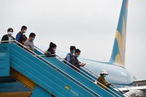 เวียดนามยกเลิกมาตรการเว้นระยะห่างบนเครื่องบิน อนุมัติเพิ่มเที่ยวบินในประเทศ