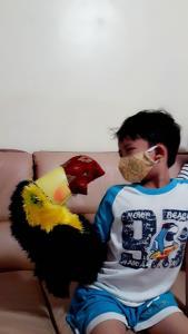 วิธีช่วยเด็กไม่ให้เครียดในช่วงสถานการณ์ปิดเมือง/ดร.แพง ชินพงศ์