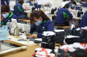 นักลงทุนมั่นใจมองเวียดนามฐานผลิตใหม่ หลังคุมระบาดเดินหน้าฟื้นเศรษฐกิจรวดเร็ว