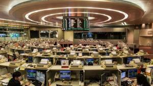 """ตลาดหุ้นเอเชียปรับลบ หลังถ้อยแถลง """"พาวเวล"""" ทุบดาวโจนส์ร่วงกว่า 500 จุด"""