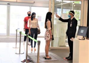 """""""โรบินสัน"""" ชู """"ตู้อบฆ่าเชื้อ 3 ระบบ 360 องศา""""แห่งเดียวในไทย"""