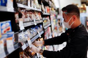 """In Clip : สื่อนอกรายงาน ห้างไทยคึกคักเปิดวันนี้ จีน-เกาหลีใต้หารือญี่ปุ่นผ่อนคลายเดินทางธุรกิจ """"อิตาลี"""" ให้ต่างชาติบินเข้าได้เดือนหน้า"""