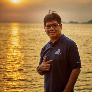 'ดร.ธรณ์' หนุนพลิกวิกฤตเป็นโอกาส New Normal อุทยานทางทะเลไทย