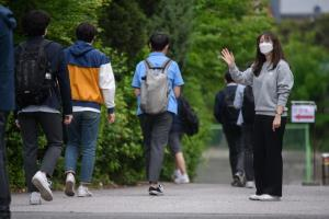 เกาหลีใต้เริ่ม 'เปิดเรียน' หลังสถานการณ์โควิด-19 คลี่คลาย