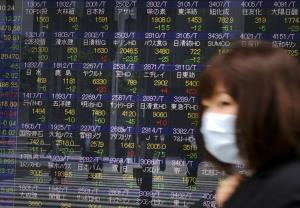 Weekend Focus: 'โควิด-19' ฉุด ศก.ญี่ปุ่นเข้าสู่โหมด 'ถดถอย' สหรัฐฯ กีดกันชิป 'หัวเว่ย' สกัดเป็นผู้นำ 5G