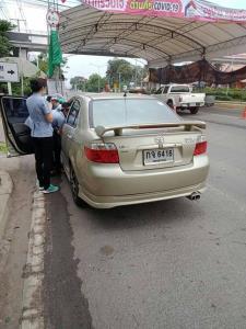 เรื่องน่ายินดี หญิงท้องแก่อั้นไม่อยู่คลอดในรถ ณ จุดคัดกรองโควิด-19