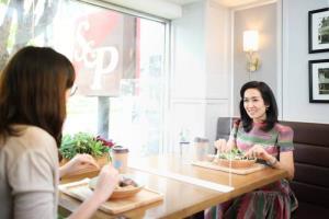 'เอส แอนด์ พี' ประกาศมาตรการร้านอาหาร แบบ New Normal เน้นลดการสัมผัส เพื่อความปลอดภัย