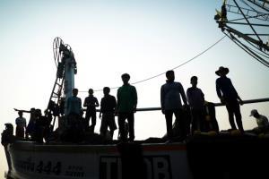 ค้ามนุษย์พุ่งพรวดหลังแรงงานเขมรหาทางข้ามแดนเข้าไทยช่วงปิดด่านเฝ้าระวังโควิด-19