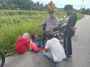 ชาวเน็ตแห่แชร์ ช่วยเหลือพี่น้อง 3 คน แบกเป้เดินจูงมือริมถนน ตั้งใจเดินเท้าไป จ.นราฯ