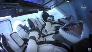 สเปซเอกซ์ส่งมนุษย์อวกาศทะยานฟ้าแล้ว