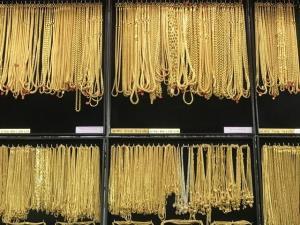 ประท้วงสหรัฐฯ หนุนทองคำอาจแตะ 1,800 ดอลลาร์/ออนซ์