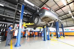"""ฟาสต์ฟิต จำนวนรถยนต์สะสมสูงขึ้นต่อเนื่อง """"ควิกเลน"""" ล้างแอร์ราคาพิเศษ 990 บาท ฟรีอบโอโซน"""