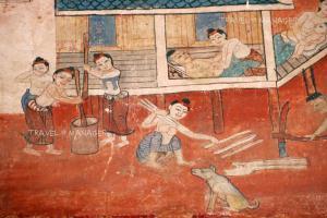 สาวชาวบ้านนั่งโป๊ ในภาพจิตรกรรมวัดทุ่งศรีเมือง จ.อุบลราชธานี