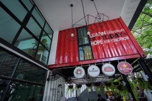 กรุงไทยหนุนร้านเล็กสู้วิกฤต DX Playground Café & Bistro ปรับออฟไลน์สู่ออนไลน์