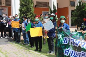ภาครัฐ ระดมมาตรการช่วยระบายผลไม้ไทย แก้ปัญหาราคาตกต่ำ