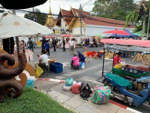 ร้านอาหารโคตรเซ็งจ่ายค่าเช่า 1.8 หมื่น ทั้งวันได้ขายข้าวไข่เจียวจานเดียว เหตุโดนถนนคนเดินคลายล็อกปิดทางเข้าออก