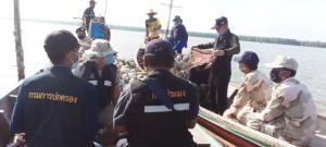 นอภ.พุนพิน ปัดขู่ยิงชาวประมง เดินหน้ารื้อถอนคอกหอยแครงผิดกฎหมาย