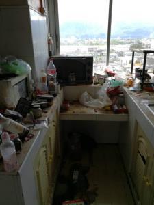 สาวเจ้าของห้องผงะ! เจอผัวฝรั่งเมียไทยเช่าคอนโดขนของหนี ปล่อยสภาพพังเละขยะเน่าเหม็นแถมค้างค่าไฟ