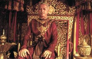 กษัตริย์ตัดนิ้วพระองค์เองเพราะทำขัดรับสั่ง! ห้ามคนอื่นไว้ ตัวเองเผลอทำก็ต้องลงโทษ!!