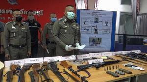 ตำรวจราชบุรี บุกเข้าจับกุมอาวุธสงครามเอ็ม16 พร้อมเครื่องกระสุนจำนวนมาก