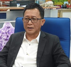 นายสราวุธทรงศิวิไลอธิบดีกรมทางหลวง (ทล.)ในฐานะประธานคณะกรรมการ(บอร์ด)การรถไฟฟ้าขนส่งมวลชนแห่งประเทศไทย(รฟม.)