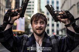 """เบื้องหลัง """"GUNS AKIMBO"""""""