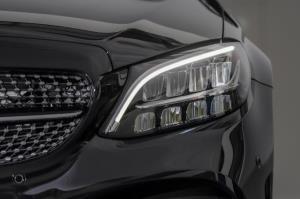 """เมอร์เซเดส-เบนซ์  เปิดตัว """"C 300 e AMG Sport"""" สนนราคา 2,699,000 บาท"""