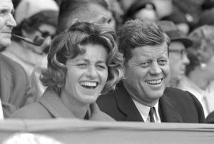 """In Clip: น้องสาวอดีต ปธน.สหรัฐฯ """"จอห์น เอฟ.เคนเนดี"""" เสียชีวิตในวัย 92 ปี ปิดฉากพี่น้อง 9 คนตระกูลเคนเนดี"""