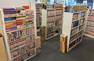 """(ชมคลิป) """"A Lot of Books"""" หลากหลายหนังสือมือสอง มนต์เสน่ห์บนแผ่นกระดาษที่ไม่จางหาย ครองใจลูกค้ามากว่า 10 ปี"""