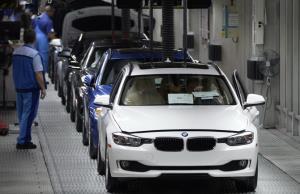 BMW อ่วม! ปรับลดคนงาน 6,000 อัตรา, ระงับโครงการรถขับเคลื่อนอัตโนมัติเซ่นพิษโควิด-19