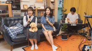 """ว้าว! """"แจนจัง-เอิ๊ต"""" Live มินิคอนเสิร์ตคิดถึง นากาโนะ ญี่ปุ่น"""