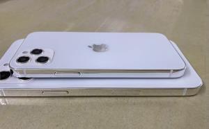 ภาพหลุด iPhone 12 โชว์แผ่นหลังนวลเนียน