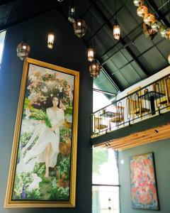 """เปิดวาร์ป! ร้านกาแฟสวย """"Muguet  de café & Artspace"""" ทางขึ้นคอเขาบางพระ อ.ศรีราชา จ.ชลบุรี"""