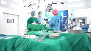 ทางเลือกใหม่กับการผ่าตัดส่องกล้องปอด