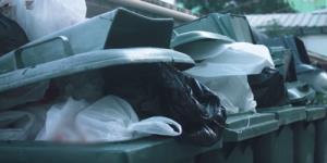 ถังวนถุง ซ้ำรอย! ปัญหาทิ้งขยะสุดคลาสสิก! คนไทยทิ้งไม่แยกขยะ