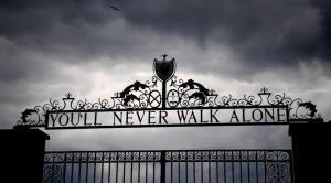 """""""You'll Never Walk Alone"""" เพลงดังลูกหนังโลก ประจำทีมหงส์แดง ลิเวอร์พูล"""