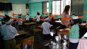 New Normal เต็มพิกัด! โรงเรียนเชียงใหม่ใช้หมวกจอหงวน ช่วยเด็กเว้นระยะห่างรับเปิดเทอม