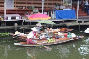 ททท.ราชบุรีจัดโปรกระตุ้นท่องเที่ยวตลาดน้ำดำเนิน หลังคลายโควิด-19