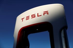 แซงหน้าโตโยต้า! เทสลาขึ้นแท่นบริษัทรถยนต์มูลค่าสูงสุดในโลก